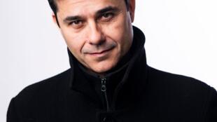 Portrait de l'écrivain Laurent Binet.