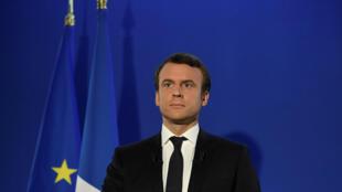 Emmanuel Macron logo após o anúncio dos resultados do segundo turno da eleição presidencial francesa.