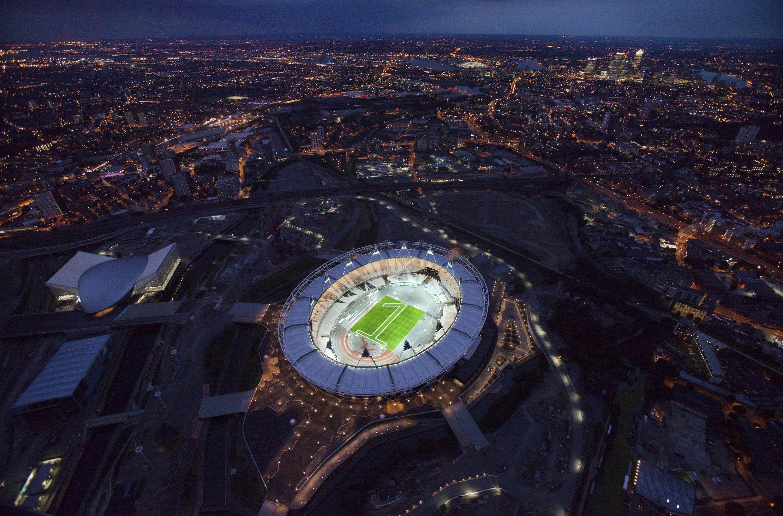 Sân vận động Olympic Stadium, nơi diễn ra lễ khai mạc Thế vận hội Luân Đôn 2012, đã được nghiệm thu trước 1 năm. Ảnh chụp hôm 27/7/2011.