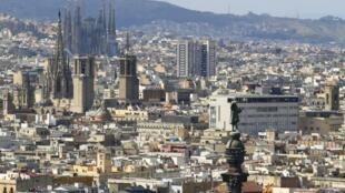 Barcelona: grupo radical agride turistas em excesso.