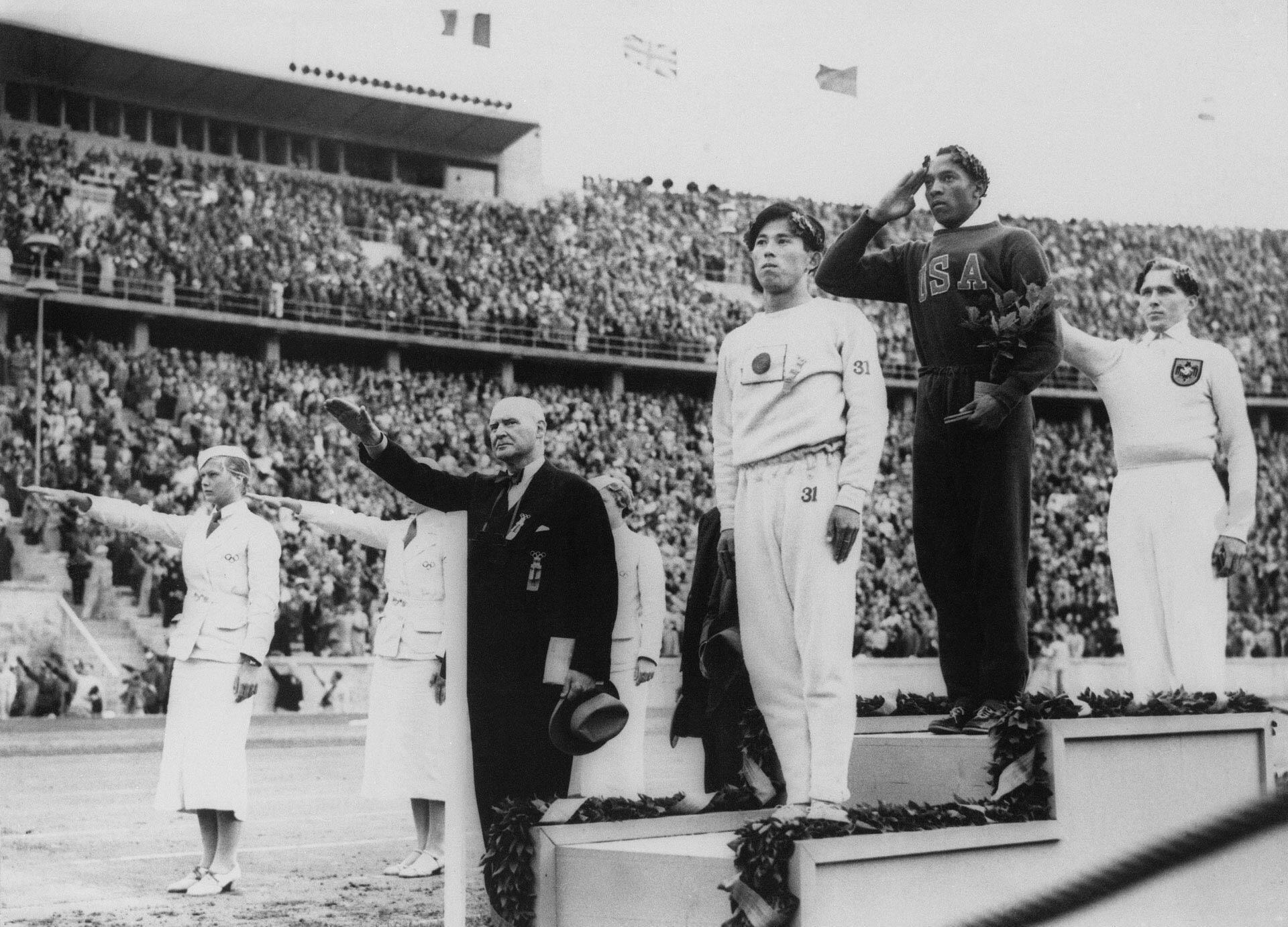 AP20212746919707_JO-Berlin-1936-Jesse-Owens_web