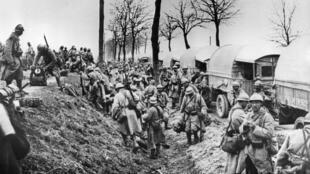 En dix mois, la bataille de Verdun aura fait au total 770 000 morts, blessés et disparus.