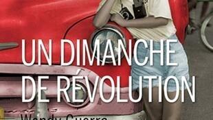 """""""Domingo de revolución"""" ha sido publicada en francés."""
