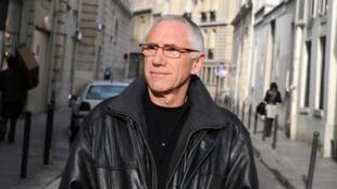 Portrait de l'écrivain René Frégni.
