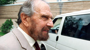 George Blake, el famoso exagente doble británico que espiaba para la KGB soviética, en  Moscú, en una imagen de archivo de junio de 2001