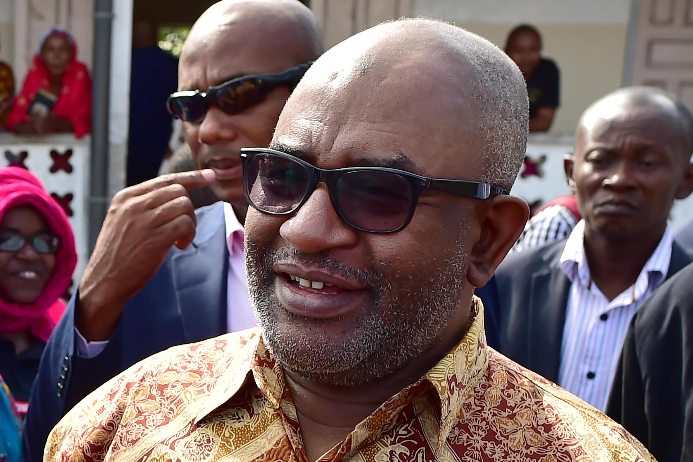 Rais wa Comoro, Azali Assoumani, wakati wa kura ya maoni kuhusu mageuzi ya katiba,  Moroni, Julai 30,  2018.