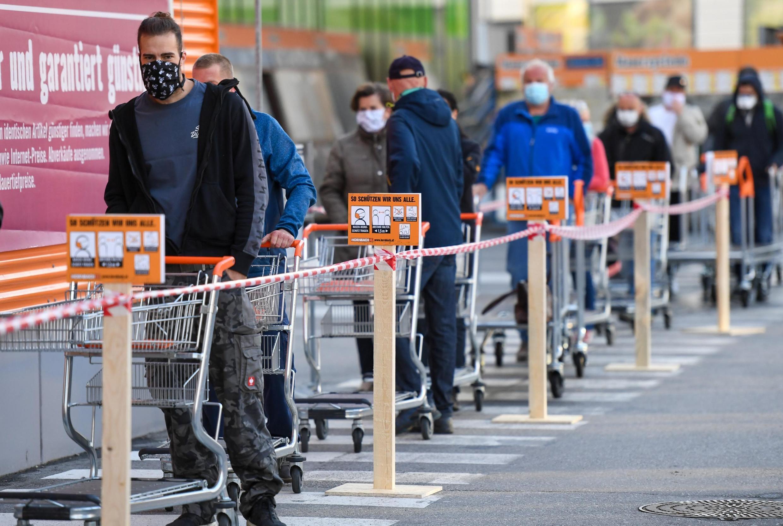 14 апреля в Австрии открылись супермаркеты