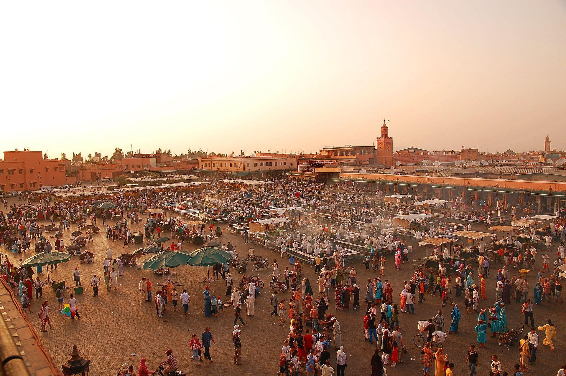 Le marché Jemaaa-el-Fna, Marrakech