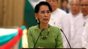 La conseillère spéciale birmane Aung San Suu Kyi, lors d'une conférence de presse conjointe avec le Premier ministre indien Narendra Modi, le 6 septembre 2017.