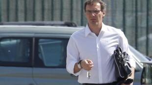 laurent Blanc recibió el domingo el apoyo de su ex compañero de equipo Zinedine Zidane.