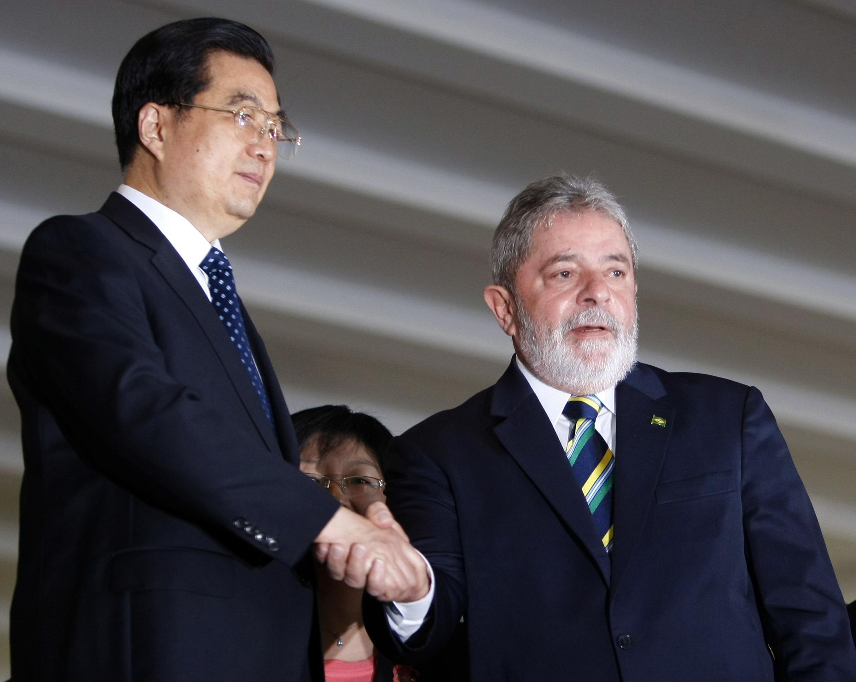 Os presidentes do Brasil e da China voltam a se encontrar em reunião do Bric, em Brásilia.