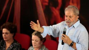 لولا در جلسه کمیته اجرائی ملی حزب کارگران برزیل