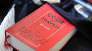 Le rapport préconise la négociation sur le Code du Travail, qui serait limité aux grands principes.