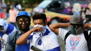 La jornada violenta del miércoles y la madrugada del jueves, en la que según un informe de la Policía hubo 15 muertos por armas de fuego y 199 heridos.