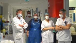 Hôpital de Mulhouse: les soignants sont au front, notamment ceux des équipes de post--réanimation.