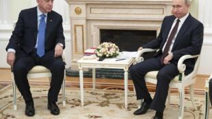 Cimeira de Moscovo entre os Presidentes Putin e Erdogan, sobre a crise na Síria