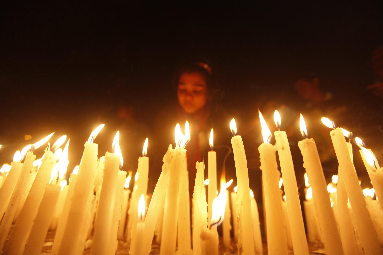 Lễ tưởng niệm nữ sinh quá cố tại Calcutta (thủ phủ bang Tây Bengal), ngày 29/12/2012.