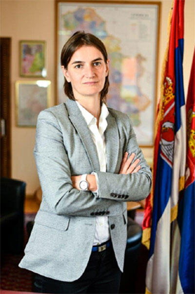 Ana Brnabic, 41 ans, première femme Première ministre en Serbie.