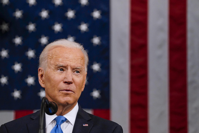 El presidente de Estados Unidos, Joe Biden, habla ante el Congreso en el Capitolio de Washington, el 28 de abril de 2021