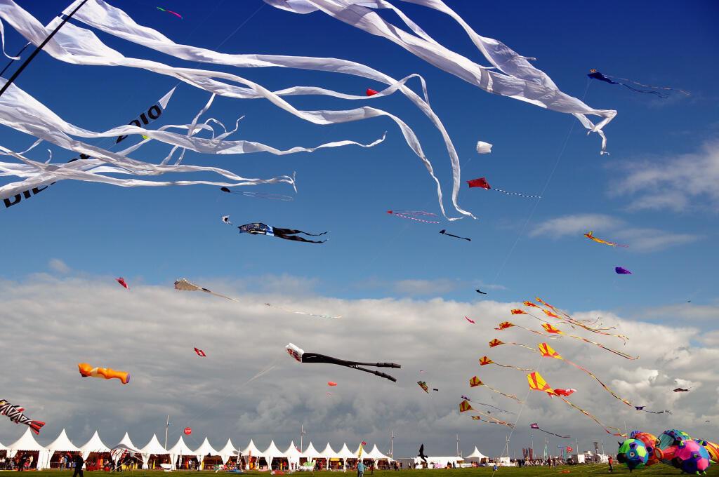 Le festival international de cerf-volant de Dieppe réunit amateurs et professionnels tous les deux ans.