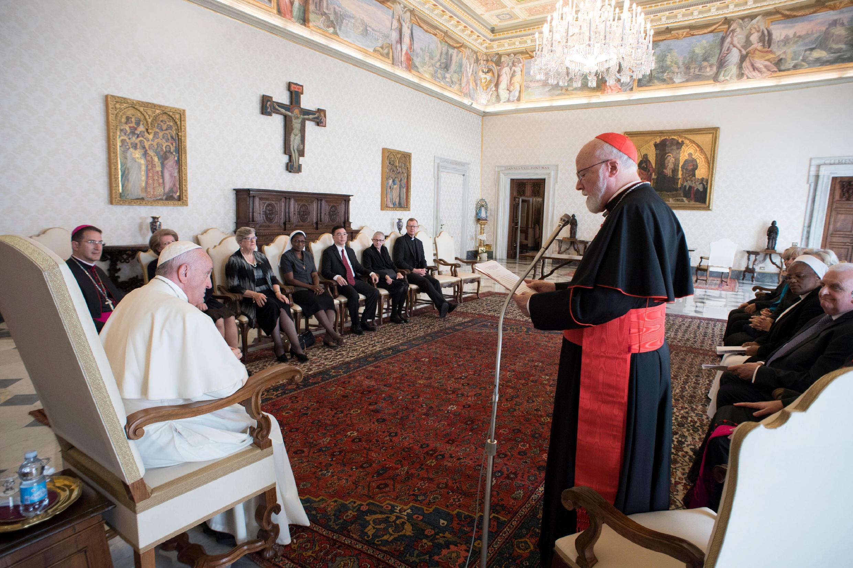 Giáo hoàng Phranxicô họp với Ủy Ban Bảo Vệ Trẻ Em của Tòa Thánh, Vatican, ngày 21/09/2017.