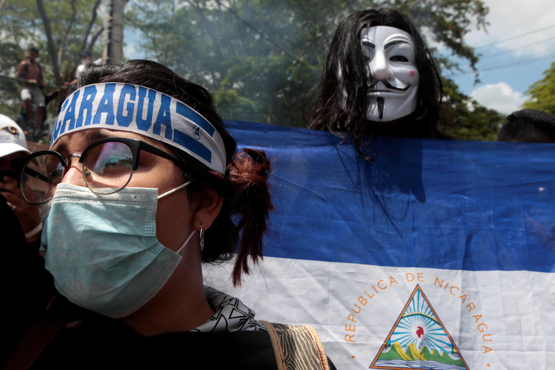 Des manifestants défilent à Managua contre le pouvoir de Daniel Ortega, le vendredi 11 mai 2018.