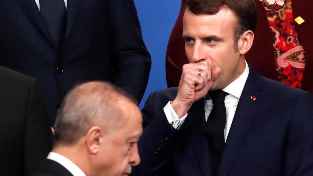 Tensions France-Turquie: «Erdogan instrumentalise la situation pour sa propagande interne»