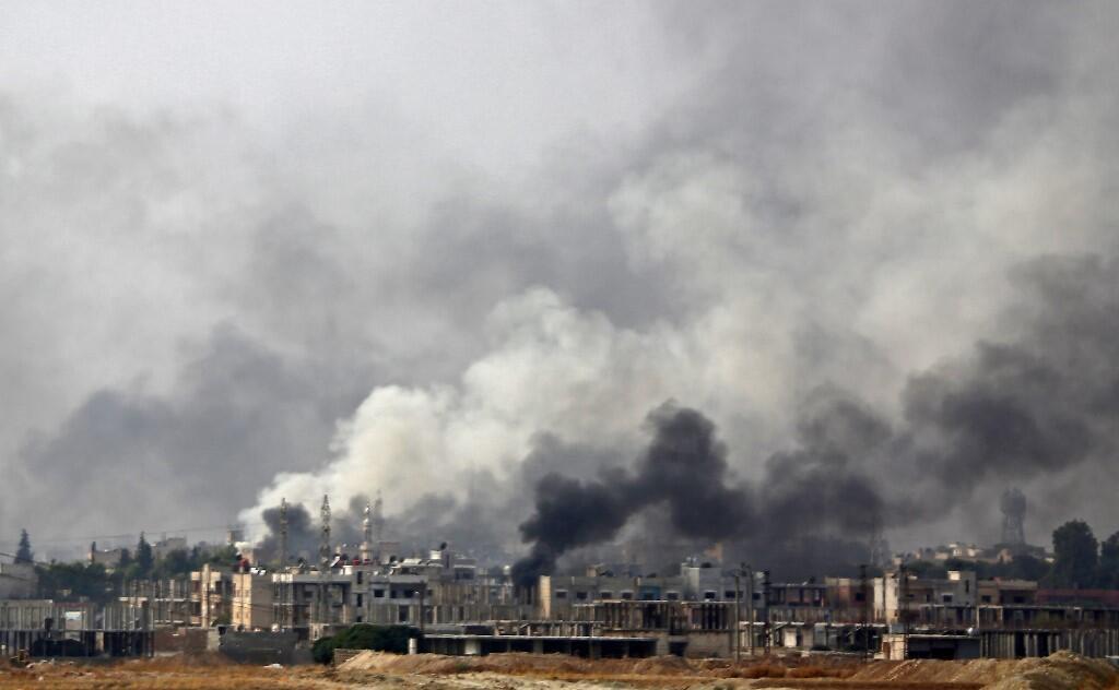 نهادهای دفاع از حقوق بشر با دریافت تصاویر و اطلاعات گوناگون از رفتار و اقدامات شبه نظامیان تحت هدایت ارتش ترکیه در شمال سوریه از ارتکاب جرائم جنگی در این منطقه شدیداً ابراز نگرانی میکنند.
