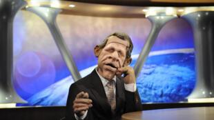 «PPD», le présentateur-vedette des «Guignols de l'info», sera bien présent sur Canal+ à la rentrée.