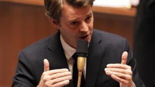 O ministro francês das Finanças, François Baroin, exige uma investigação profunda sobre a origem do erro.