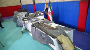 Presuntos restos del dron abatido por Irán son expuestos por los Guardianes de la Revolución Islámica en Teherán, el 21 de junio de 2019.