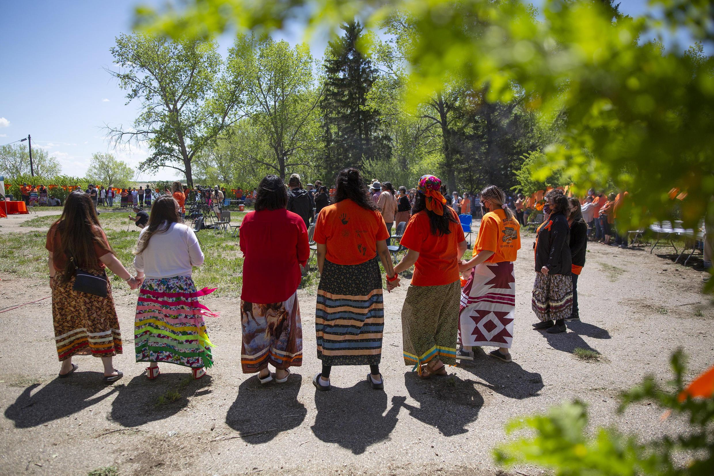 Canada - Femmes autochtones - AP21152765189833