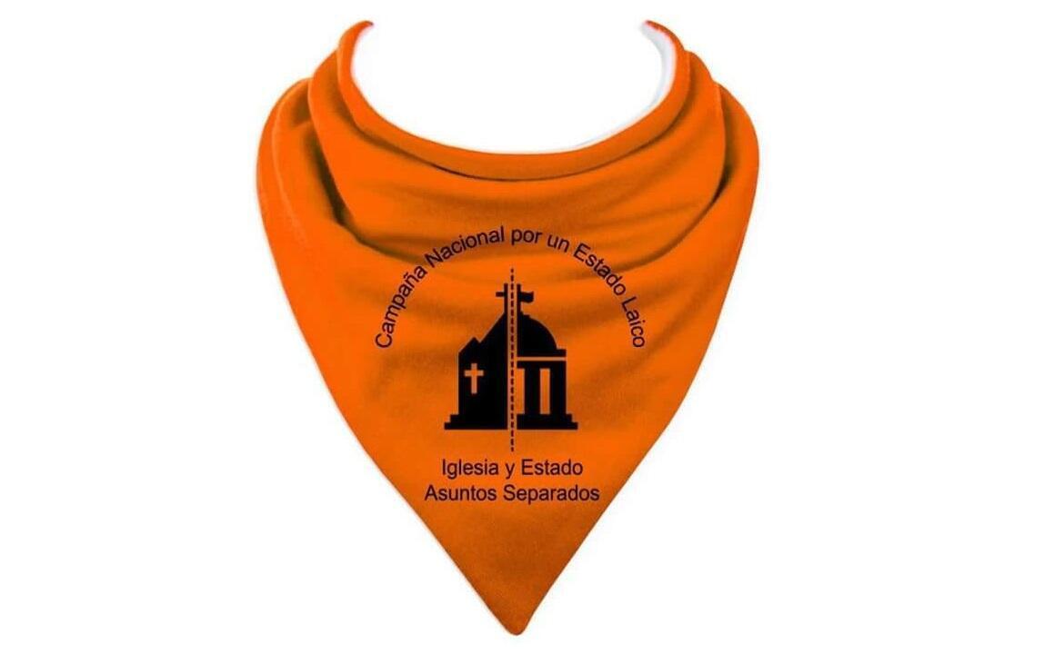 El pañuelo naranja es el símbolo de la campaña por la separación Iglesia/Estado.