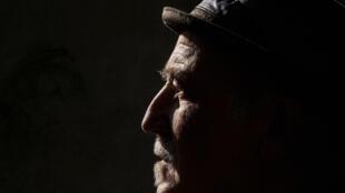 Portrait du chanteur et musicien André Minvielle, à l'occasion de la sortie de son album «1time» .