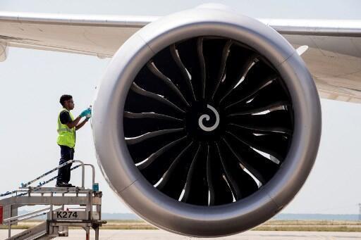 Un Boeing 787 stationné sur le tarmac de l'aéroport Roissy Charles de Gaule en France (illustration).