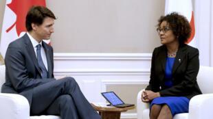 Le Premier ministre fédéral canadien Justin Trudeau et la secrétaire générale sortante de l'OIF Michaëlle Jean, en avril 2018 à Paris.