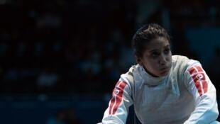 Ines Boubakri déçue après sa défaite en quarts de finale aux JO de Londres.