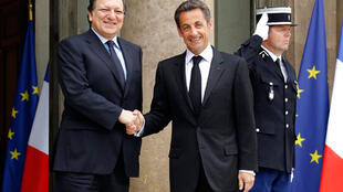 Barroso with Sarkozy on a visit to Paris in April