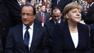 លោកប្រធានាធិបតីបារាំង François Hollande និងលោកស្រីប្រមុខរដ្ឋាភិបាលអាល្លឺម៉ង់Angela Merkel ថ្ងៃទី២២កញ្ញា២០១២