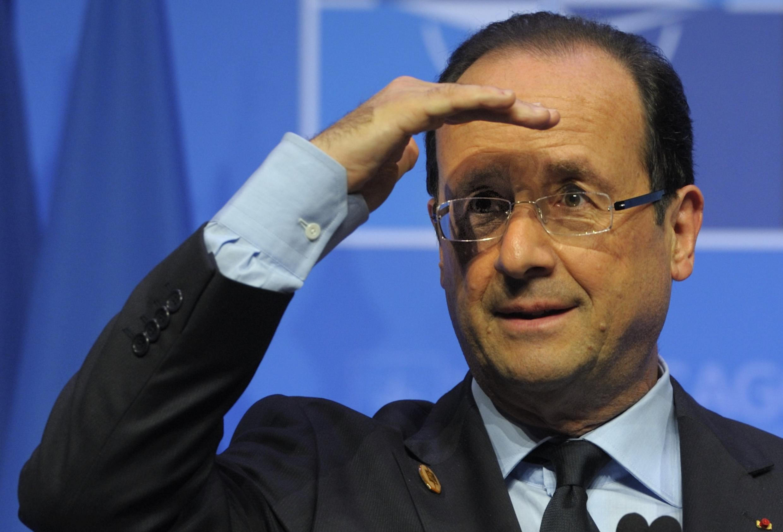 El presidente francés, François Hollande, evita el avión para demostrar su 'normalidad'.