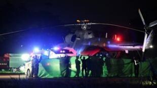 泰北岩洞救援现场外的直升飞机