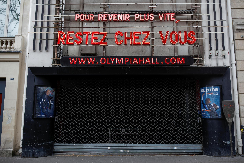 Do dịch bệnh Covid-19, nhà hát Olympia, Paris, cũng giống như các nhà hát khác, đang phải đóng cửa cho đến khi có lệnh mới của chính quyền.