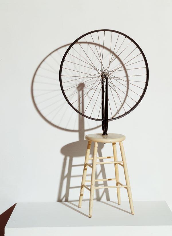 Roue de bicyclette, 1913 اثر مارسل دوشان هنرمند دادائیسم