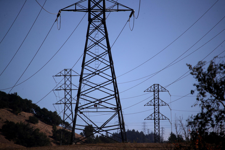 Des lignes électriques à haute tension de Pacific Gas and Electric à Santa Rosa en Californie, le 20 novembre 2019 (Image d'illustration).