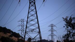 Pacific Gas and Electric - Californie - électricité - pylone électrique