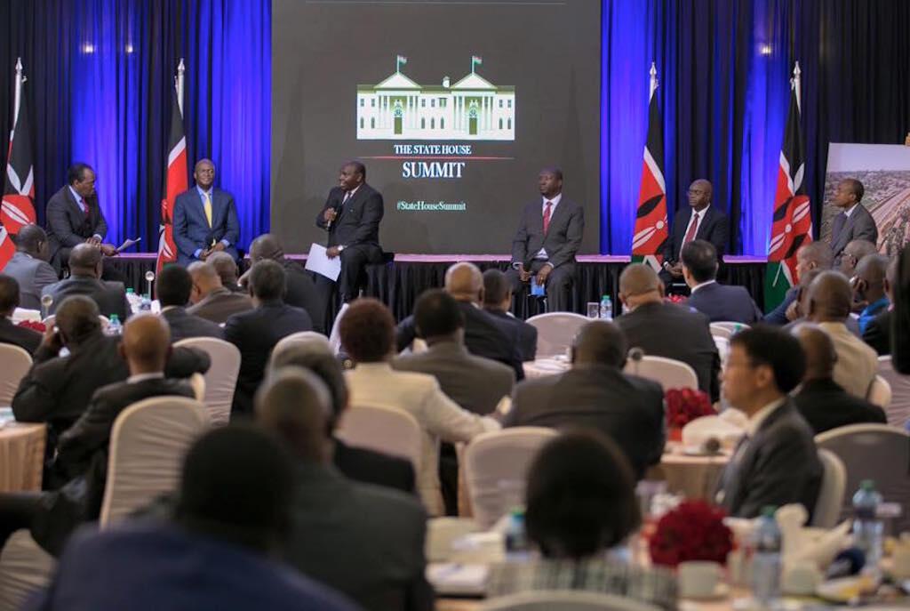 Wadau wa miundombinu waliokutana na Rais Uhuru Kenyatta, ikulu ya Nairobi, Agosti 8, 2016