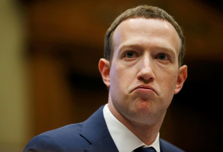 លោក Mark Zuckerberg ស្ថាបនិក និងអគ្គនាយក Facebook