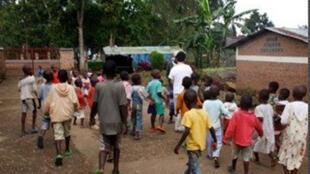 Des enfants de l'orphelinat «Noël de Nyundo» au Rwanda.