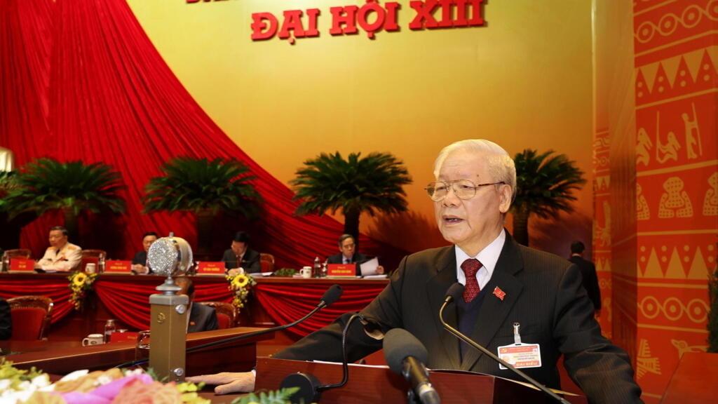 Đại hội 13 đảng Cộng Sản Việt Nam: Tổng bí thư Nguyễn Phú Trọng kêu gọi thực thi « dân chủ »
