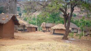 Moja ya vijiji vya Malawi, ambapo raia wanaishi katika hali ngumu.